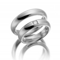 Polish Dome Traditional Plain His And Hers Matching Wedding Bands 0.18 Carat Round Diamond 5mm 02060