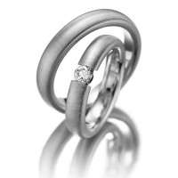 Brush Dome His And Hers Matching Wedding Rings 0.25 Ctw Round Diamond 4.5mm 02155