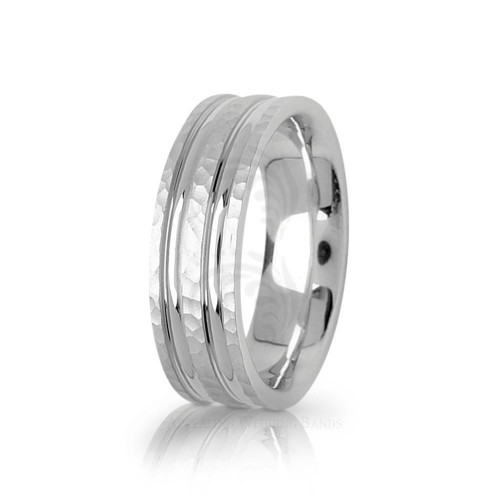 Solid Satin Stylish Carved Lines Hammered Wedding Band 7mm 01752