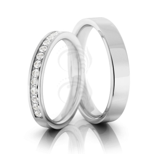 14k White Gold Polish Flat His And Hers Wedding Rings 0.15 Ctw Princess Cut Diamond 3mm, 5mm 02126