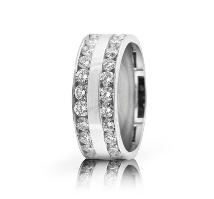 2.8 Ctw Platinum Round Diamond Wedding Band 7mm 02523